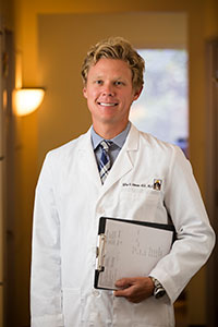 Dr. Jeffrey Peterson - Ophthalmologist